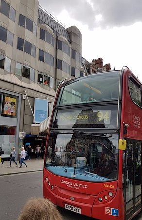 Oxford Street: Red Bus