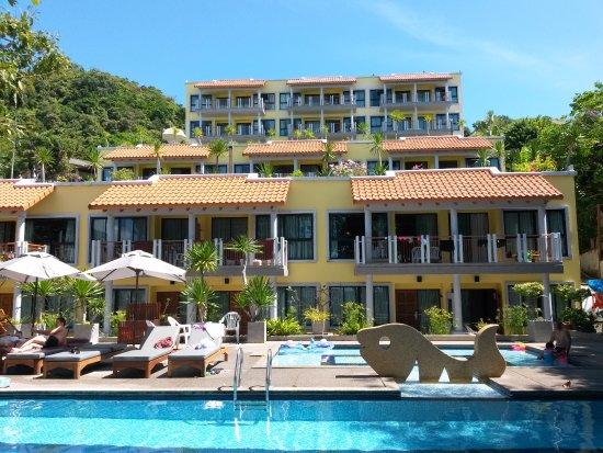 By The Sea: фото отеля с территории пляжа