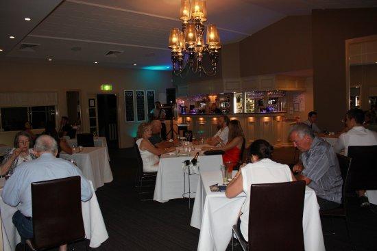 Toowoomba, Australie : SEASONS on Ruthven