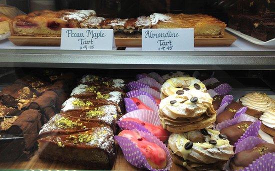 Castlemaine, Australia: The Petite Patisserie's decadently delicious treats