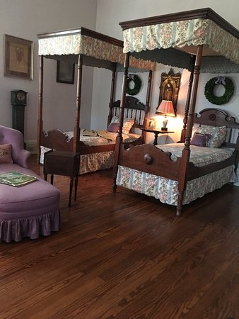 Vacherie, LA: children bedroom