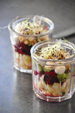Pertuis, France: Petites salades