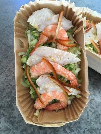 Pertuis, France: Dos de cabillaud aux crevettes