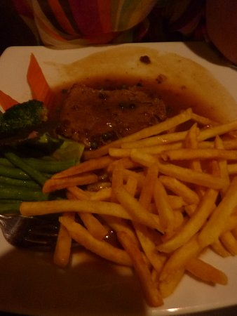 "Mak Mak Family Restaurant: Steack au poivre ""super""!!"