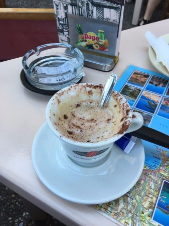 Cogolin, France : Cappuccino... seriously...?