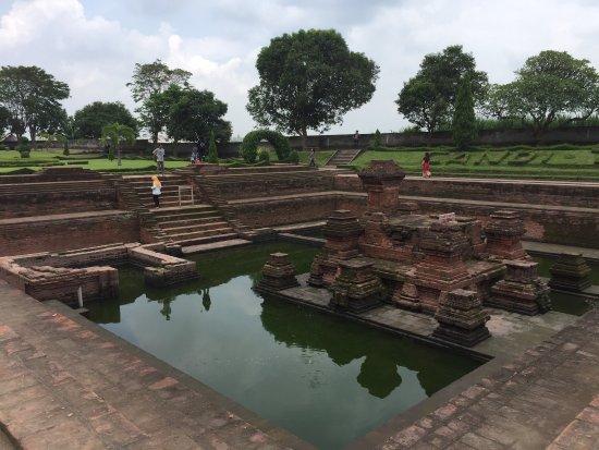 Tikus Temple: photo0.jpg