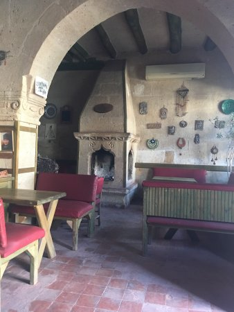 Kervanhan Karmina Bar
