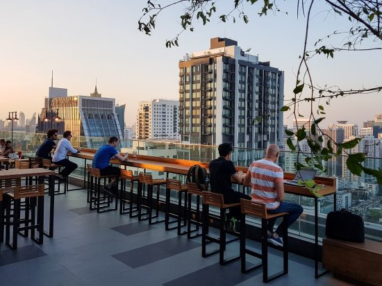 Brewski Rooftop Craft Beer Bar