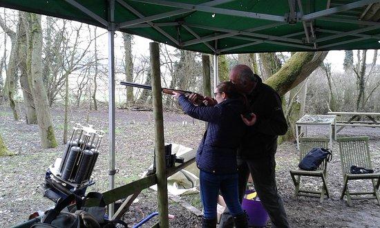 Графство Глостершир, UK: Clay Shooting with tuition