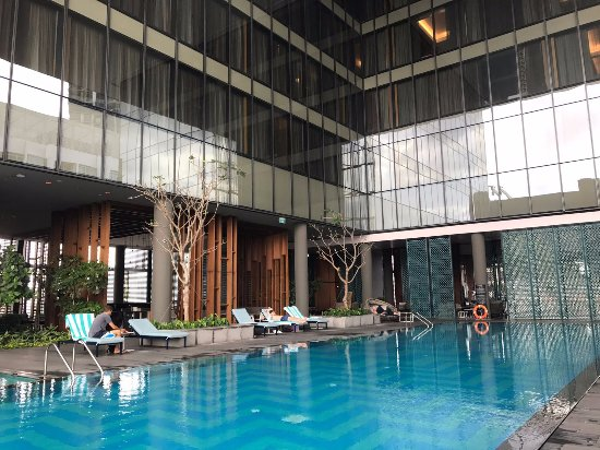 infinity pool singapore hotel. Oasia Hotel Downtown, Singapore By Far East Hospitality: Infinity Pool Infinity Pool Singapore Hotel