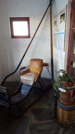 Municipio de Ringebu, Noruega: Old sledge museum piece