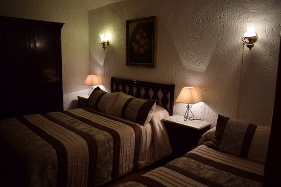 Purullena, España: Rooms Dulce house guest. Isolation natural.