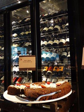 Ottimo Cucina Italiana: The wine unlimited