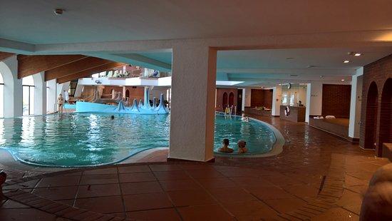 Romerbad Thermal Spa: vnitřní bazény
