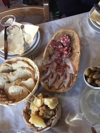 Serdiana, Italia: Here is a real sardinian appetizer