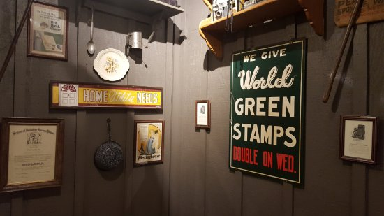 East Windsor, CT: Green Stamps