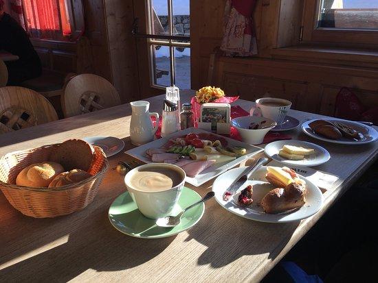 Tolles Frühstück Ritzau Alm Ebbs Reisebewertungen Tripadvisor
