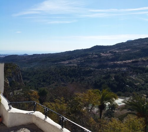 Guadalest, Spagna: over the hills