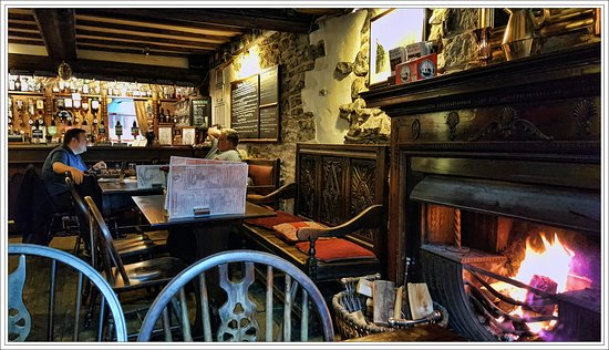 Ye Olde Nags Head: Bar Area