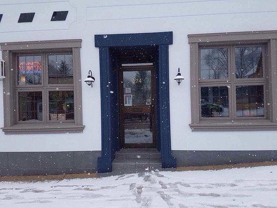 Hanover, Canada: Outside renovations!