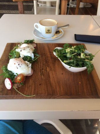 The Bakery: Poached eggs with salad and cappuccino