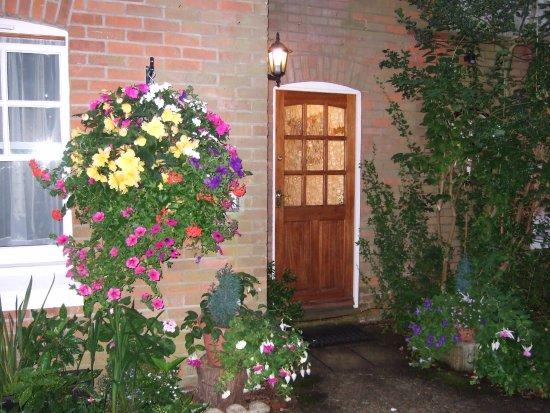 Ferndown, UK: Guest entrance