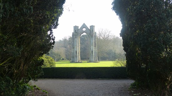 Walsingham, UK: ..the old Abbey..