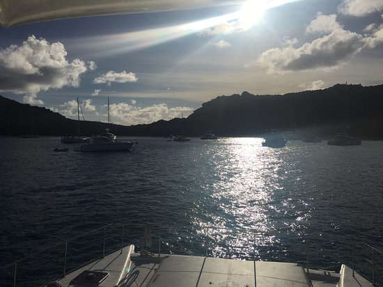 Oyster Pond, St. Martin/St. Maarten: Bay we anchored in for the night