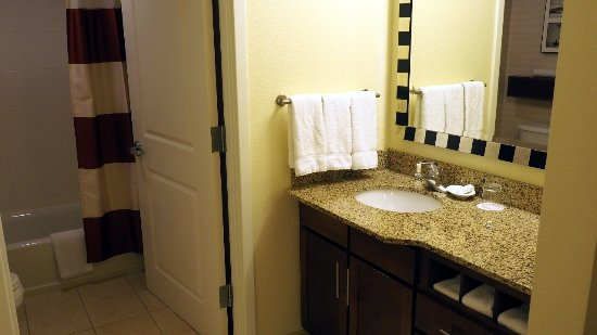 Dulles, VA: The sink area in room 328