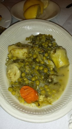 Astoria, Estado de Nueva York: peas and carrots and artichokes