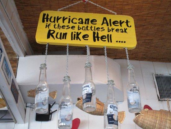 โอเชียนไอเซิลบีช, นอร์ทแคโรไลนา: Emergency warning system