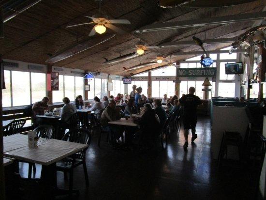โอเชียนไอเซิลบีช, นอร์ทแคโรไลนา: Inside seating area