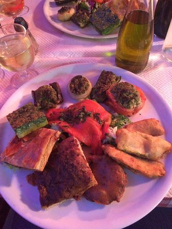 La Claire Fontaine : Plate of nicois specialities