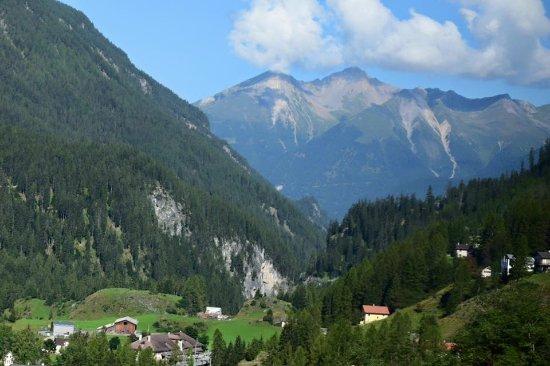 Glacier Express: Swiss Alps
