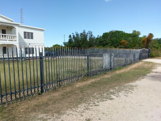 South Hill, Anguilla: Fort Knox