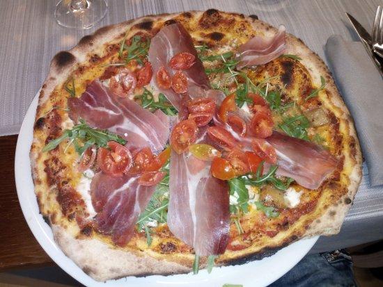 Province of Teramo, Italy: pizza