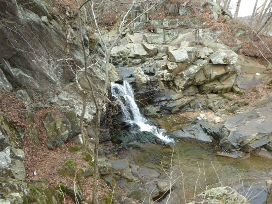 McLean, VA: Scott's Run Waterfall