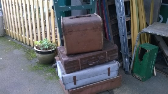 Midsomer Norton, UK: baggage