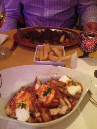 AZ Restaurant: Delicious, lamb dish is the AZ special, the other is chicken iskender