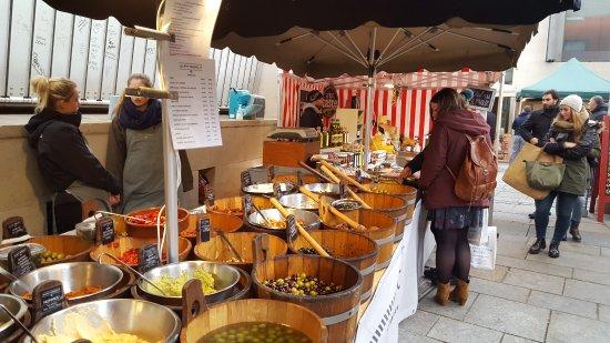 Temple Bar Food Market: Lilliput Stores