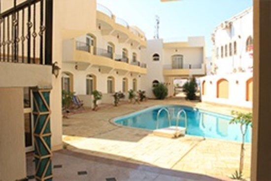 New Yalla Hotel
