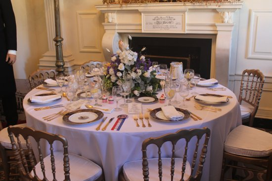 Presidents Hall of Fame: Dining Table @ White House