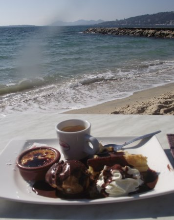 La haut plage : Café gourmand