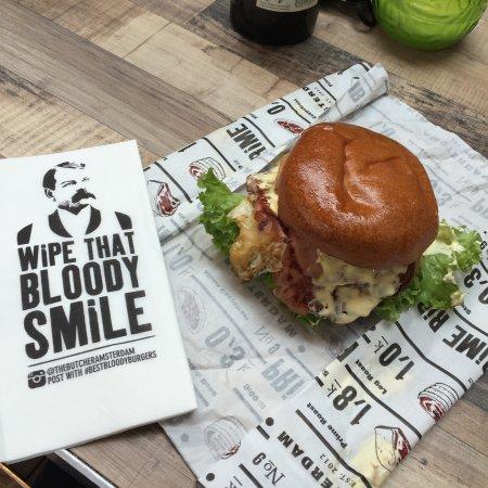 Foodhallen: The Butcher - Amazing Burgers