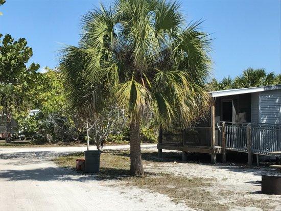 Boca Grande, FL: calle con las cabañas