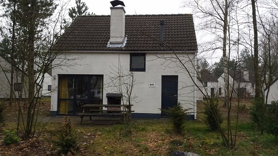 "Mol, Belgium: ""Villa- Chalet"" 8 places"
