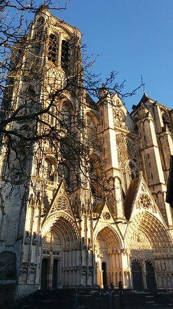 Bourges, Francia: 20170218_173047_large.jpg