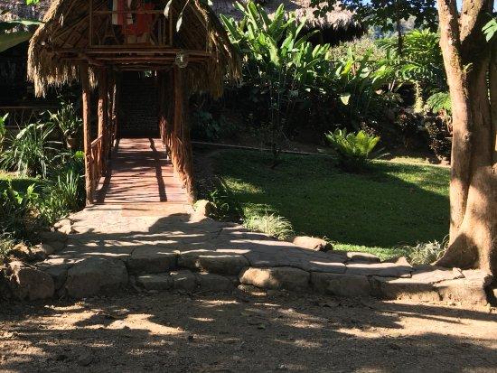 Province of Puntarenas, Kostaryka: Entrance to Rafiki Safari Lodge