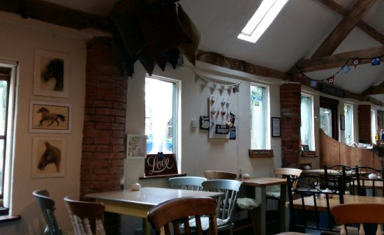 Lutterworth, UK: The Stables - lots of lovely craft and arts for sale too