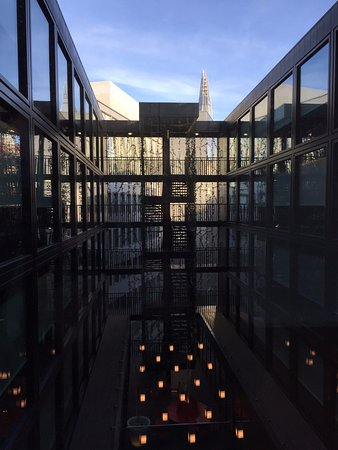 citizenM London Bankside: Central area of hotel with the Shard in the background